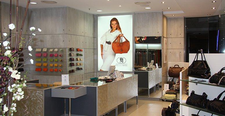 Henney Bear Retail Store Australia